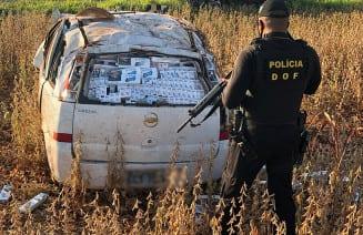 Contrabandista capotou veículo. (Foto: Divulgação)