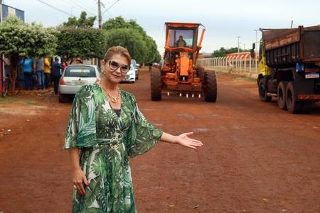 Prefeita Vanda Camilo, em seu pronunciamento, determinou que a obra fosse finalizada em 40 dias. (Foto: Rafael Brites)